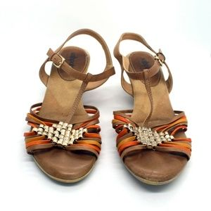 Softspots Strappy Sandals Size 7